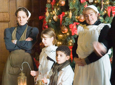 Webb-Family-victorian_christmas02