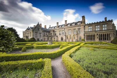 newstead-abbey-spanish-garden-by-tom-price-scaled